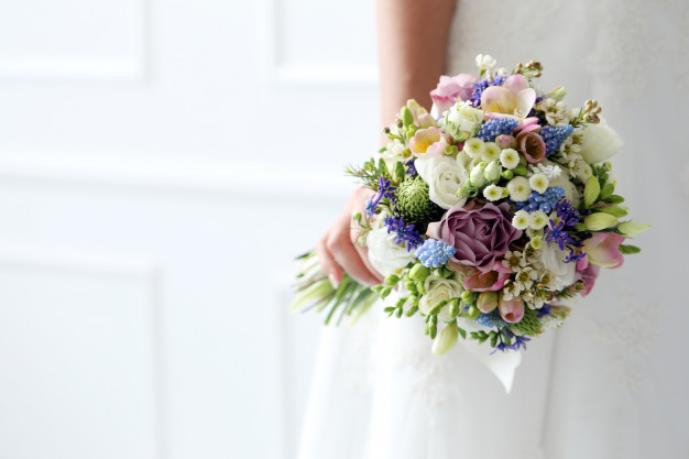 wedding-beautiful-bride_144627-13001